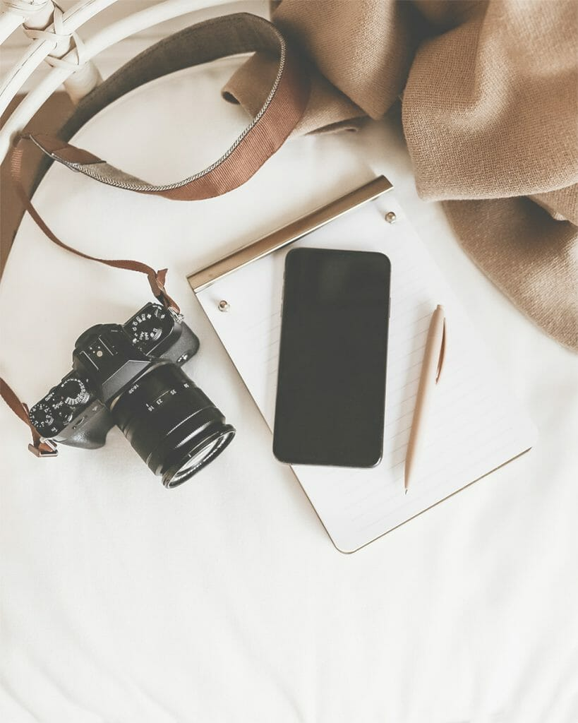 A phone and a camera -- Mistakes that small business owners make